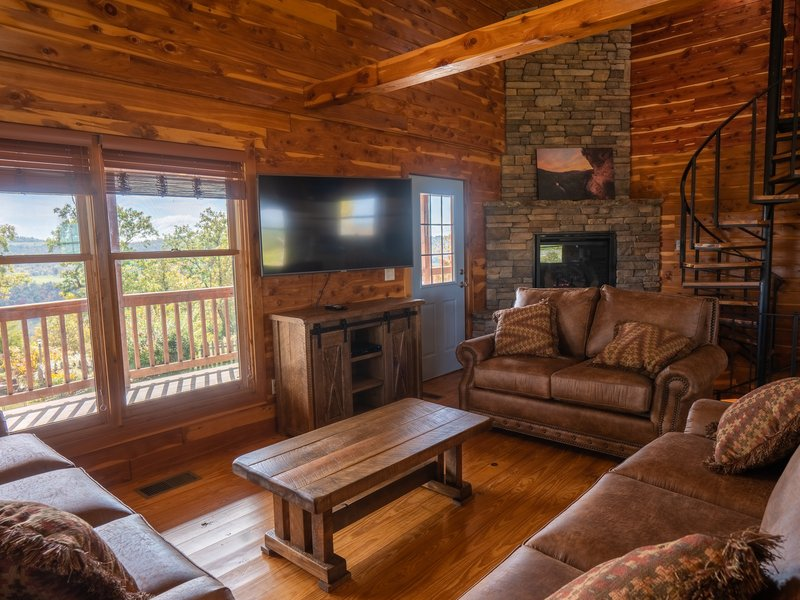 The Big Sky Cabin's cozy living area