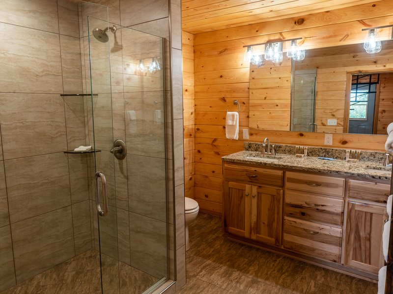 The Cabin's fully furnished lower floor bath