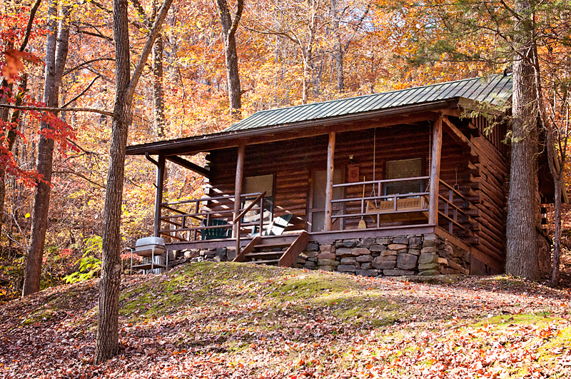 The Crossbow Cabin with its big yard is a great family cabin choice.