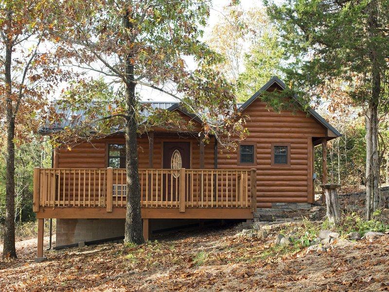 getaways tennessee in log romantic tn oklahoma tubs springs cabins arkansas colorado with cabin hot