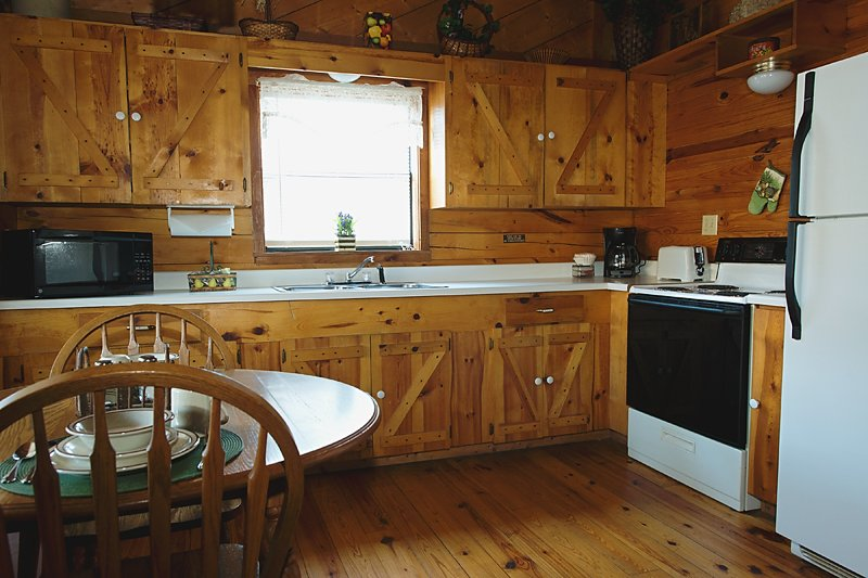 The Valley Dream's fully furnished kitchen area